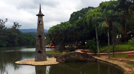 Parque Edmundo Zanoni em Atibaia, SP